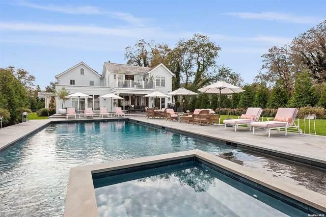 1 Wooley Street, Southampton, NY 11968 (MLS #3354228) :: Mark Boyland Real Estate Team