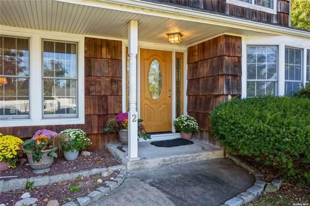 2 Glenwood Court, Bayport, NY 11705 (MLS #3354361) :: Mark Boyland Real Estate Team
