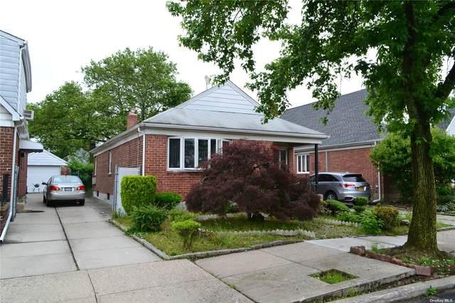 58-29 Oceania Street, Bayside, NY 11364 (MLS #3354406) :: Mark Boyland Real Estate Team