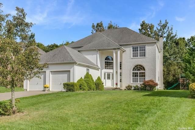 19 Trail Blazer, Holbrook, NY 11741 (MLS #3354424) :: Mark Boyland Real Estate Team