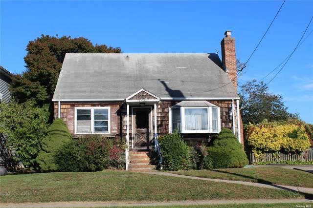 534 S 8th Street, Lindenhurst, NY 11757 (MLS #3354597) :: Cronin & Company Real Estate