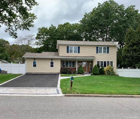 302 Avenue A, Ronkonkoma, NY 11779 (MLS #3354608) :: Carollo Real Estate