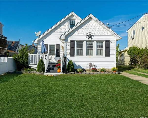 11 Lee, Amity Harbor, NY 11701 (MLS #3354617) :: Cronin & Company Real Estate