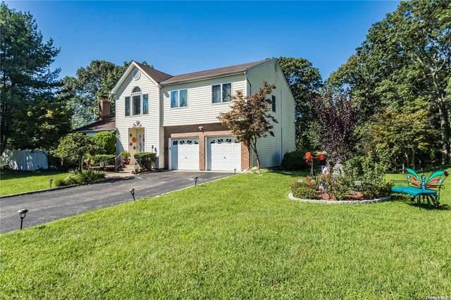 34 Valley Street, Ronkonkoma, NY 11779 (MLS #3354621) :: Carollo Real Estate