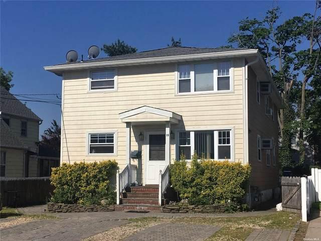 15 Boxwood Road, Port Washington, NY 11050 (MLS #3354633) :: Carollo Real Estate