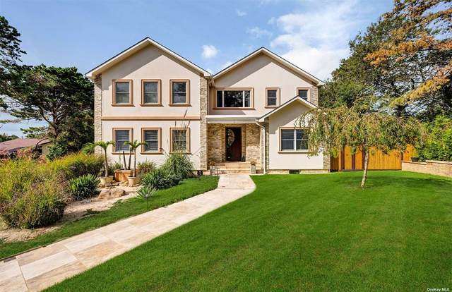 38 Cheviot Road, Southampton, NY 11968 (MLS #3354646) :: Cronin & Company Real Estate