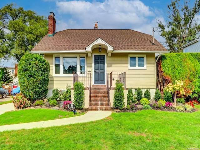 84 W Cortland Avenue, Oceanside, NY 11572 (MLS #3354685) :: Mark Boyland Real Estate Team