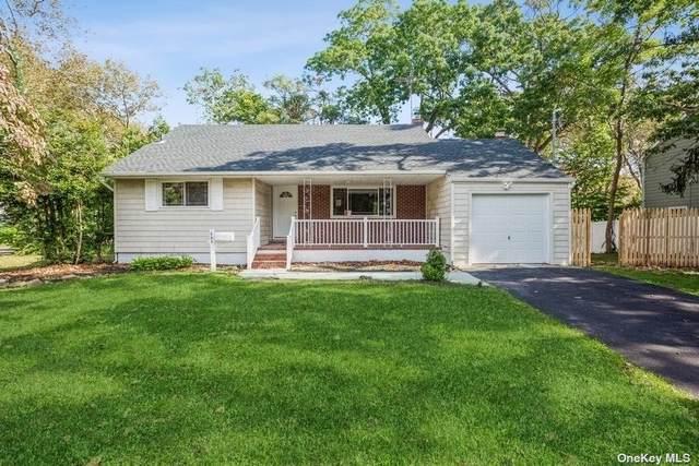 420 Manatuck Boulevard, Brightwaters, NY 11718 (MLS #3354708) :: Carollo Real Estate