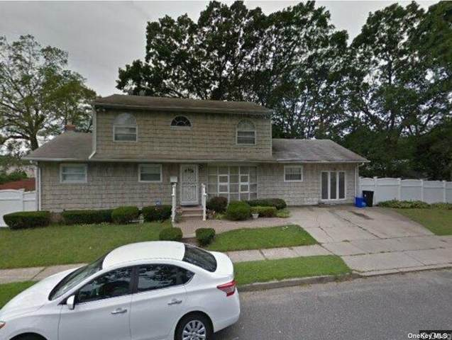 6 Campbell Street, Amityville, NY 11701 (MLS #3354770) :: Cronin & Company Real Estate