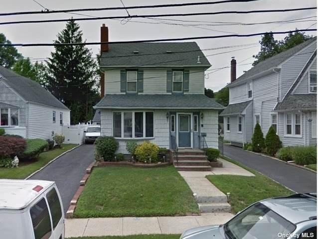 237 Kensington Road, Lynbrook, NY 11563 (MLS #3354778) :: Mark Boyland Real Estate Team