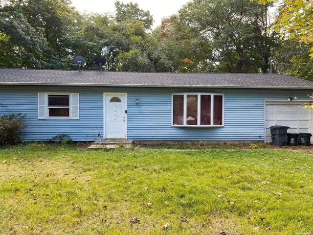 124 Norfleet Lane, Medford, NY 11763 (MLS #3354802) :: Cronin & Company Real Estate
