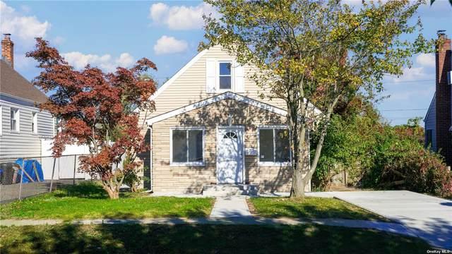 130 Riviera Parkway, Lindenhurst, NY 11757 (MLS #3354882) :: Cronin & Company Real Estate