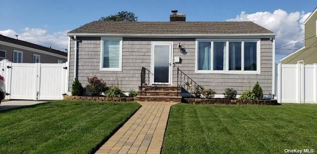 18 Robert Street, Freeport, NY 11520 (MLS #3354896) :: Mark Seiden Real Estate Team