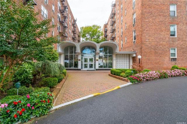 54-40 Little Neck Pkwy 6B, Little Neck, NY 11362 (MLS #3354939) :: Mark Seiden Real Estate Team