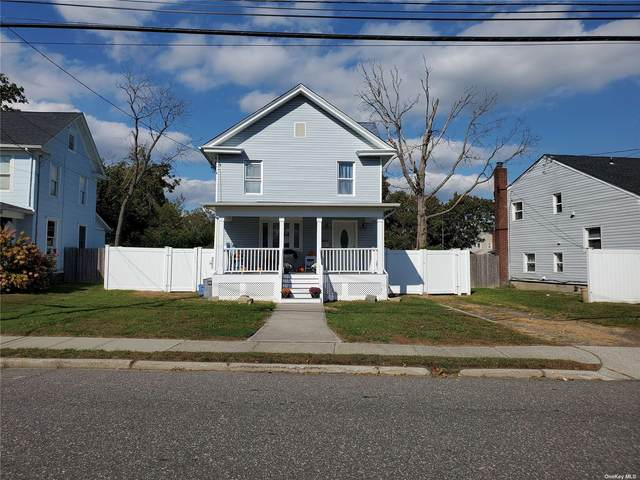 35 Laurel Street, Patchogue, NY 11772 (MLS #3354951) :: The SMP Team