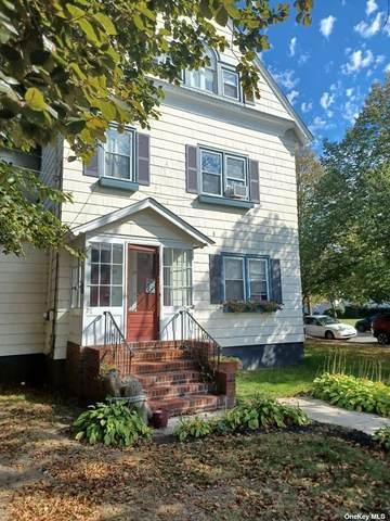 27-29 South Carll Avenue, Babylon, NY 11702 (MLS #3355007) :: Cronin & Company Real Estate