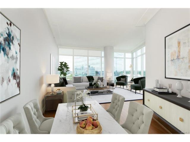 1 Renaissance Square 18G, White Plains, NY 10601 (MLS #4740435) :: Mark Boyland Real Estate Team