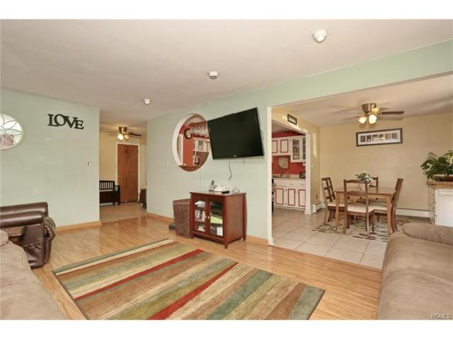 382 Country Club Lane, Pomona, NY 10970 (MLS #4750407) :: Mark Boyland Real Estate Team