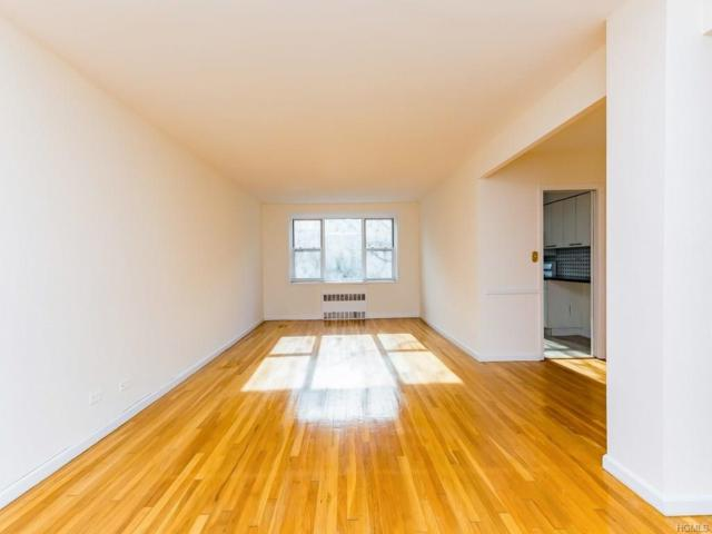 525 W 236th Street 3C, Bronx, NY 10463 (MLS #4752231) :: Mark Boyland Real Estate Team