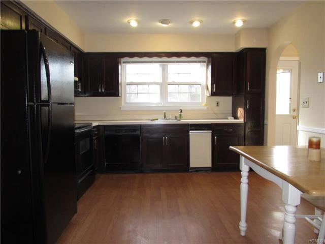 71 Somerset Drive, Suffern, NY 10901 (MLS #4801850) :: Mark Boyland Real Estate Team