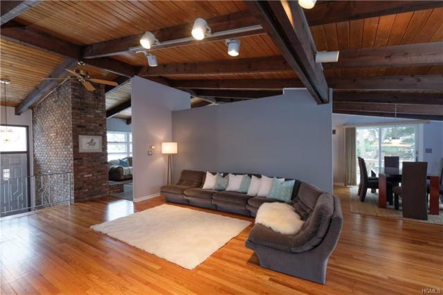 15 Woodthrush Drive, West Nyack, NY 10994 (MLS #4804034) :: Mark Boyland Real Estate Team