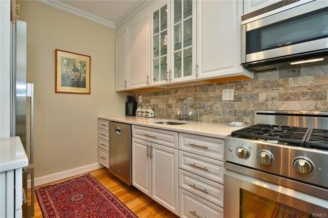 90 Bryant Avenue Embassy 4B, White Plains, NY 10605 (MLS #4806881) :: Mark Boyland Real Estate Team