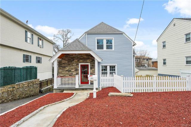 211 Lockwood Avenue, Yonkers, NY 10701 (MLS #4806916) :: Mark Boyland Real Estate Team