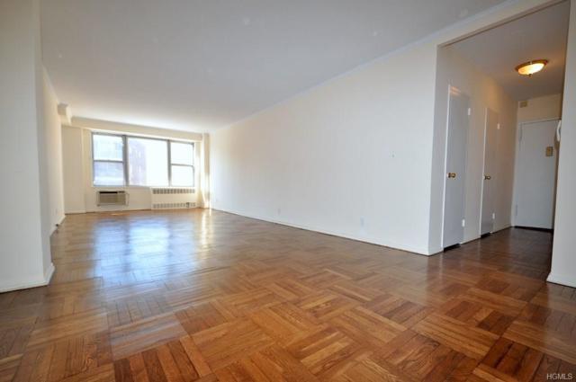281 Garth Road C3b, Scarsdale, NY 10583 (MLS #4809569) :: Mark Boyland Real Estate Team
