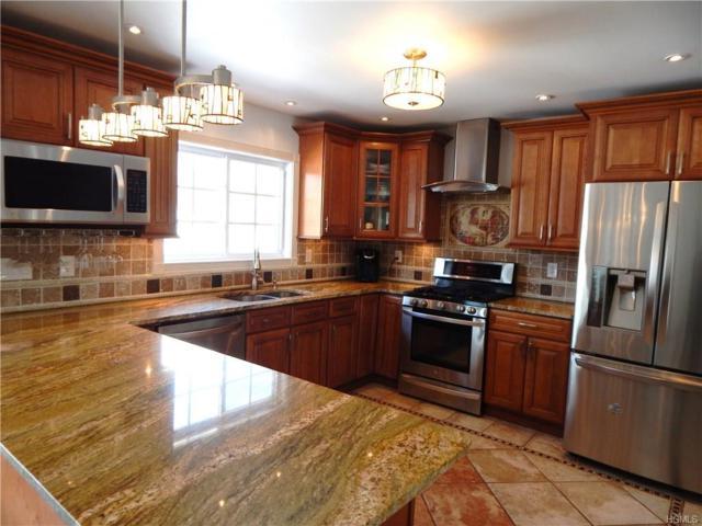 79 Lincoln Street, Sloatsburg, NY 10974 (MLS #4811033) :: Mark Boyland Real Estate Team