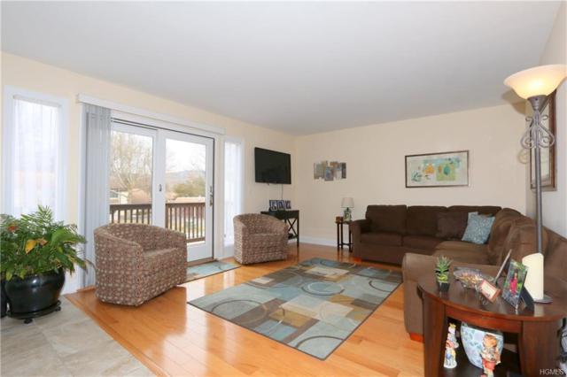 40 Jefferson Oval B, Yorktown Heights, NY 10598 (MLS #4812438) :: Mark Boyland Real Estate Team