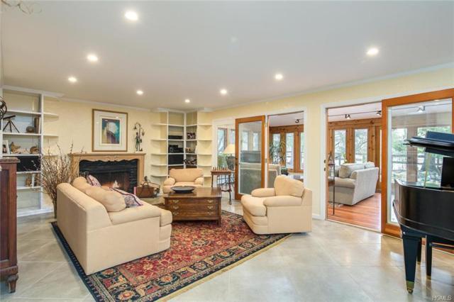 357 Strawtown Road, West Nyack, NY 10994 (MLS #4815369) :: Mark Boyland Real Estate Team