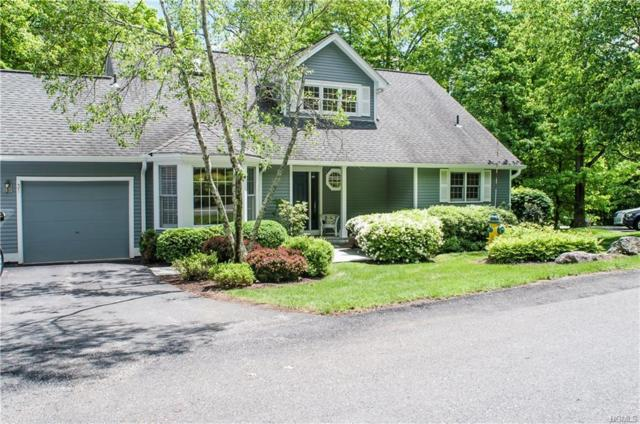 31 Old Town Crossing, Mount Kisco, NY 10549 (MLS #4818406) :: Mark Boyland Real Estate Team