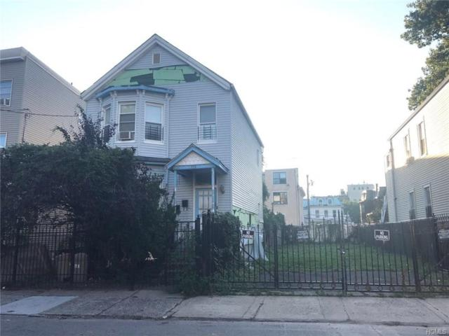 121 Clinton Place, Yonkers, NY 10701 (MLS #4823638) :: Mark Boyland Real Estate Team