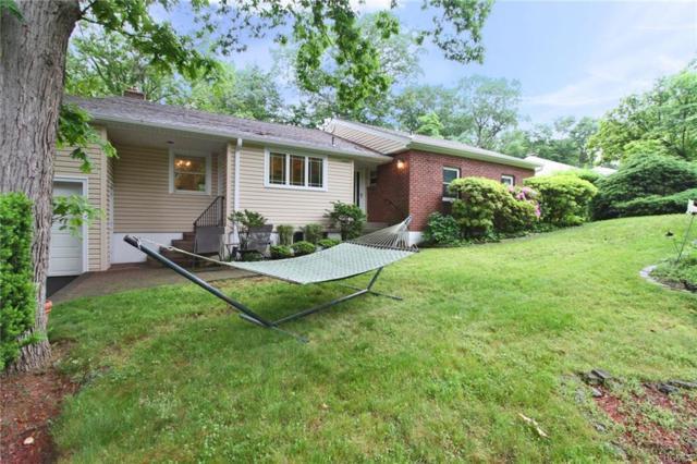 111 Wood Hollow Lane, New Rochelle, NY 10804 (MLS #4824387) :: Mark Boyland Real Estate Team