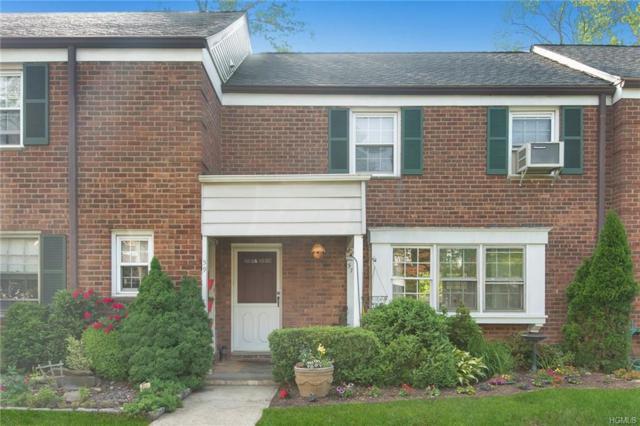 57 Robins Crescent #57, New Rochelle, NY 10801 (MLS #4825571) :: Mark Boyland Real Estate Team