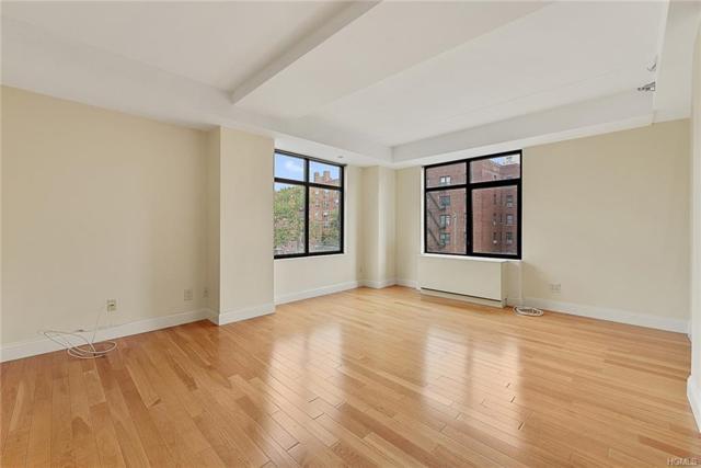 3536 Cambridge Avenue 6A, Bronx, NY 10463 (MLS #4829421) :: Mark Boyland Real Estate Team