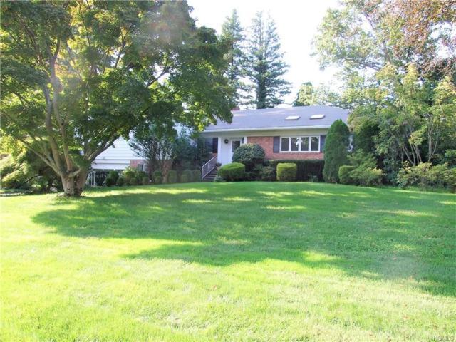 4 Roger Place, White Plains, NY 10605 (MLS #4844401) :: Mark Boyland Real Estate Team