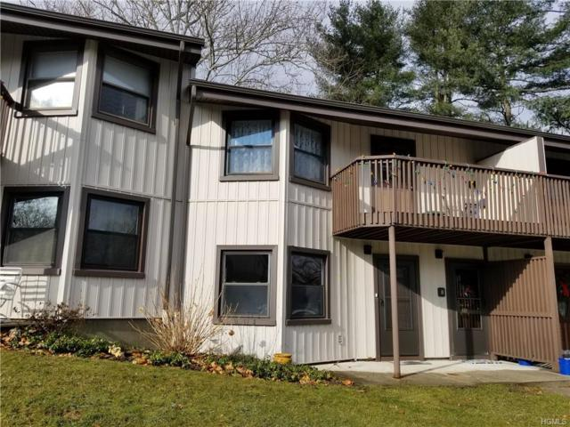 2 Hampton Court C, Yorktown Heights, NY 10598 (MLS #4849986) :: Mark Boyland Real Estate Team