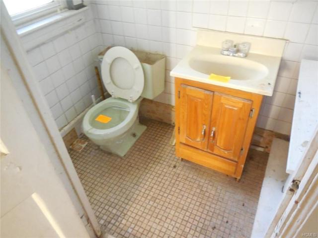 573 E 3rd Street, Mount Vernon, NY 10553 (MLS #4852750) :: Mark Seiden Real Estate Team