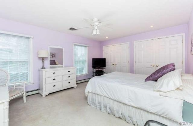 4 White Plains Road, Bronxville, NY 10708 (MLS #4853047) :: Mark Boyland Real Estate Team