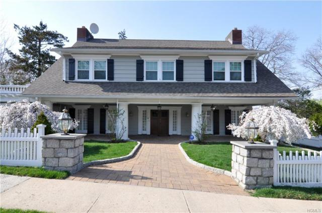 10 Sutton Manor (Aka Farragut Circle) Road, New Rochelle, NY 10801 (MLS #4854359) :: Mark Boyland Real Estate Team