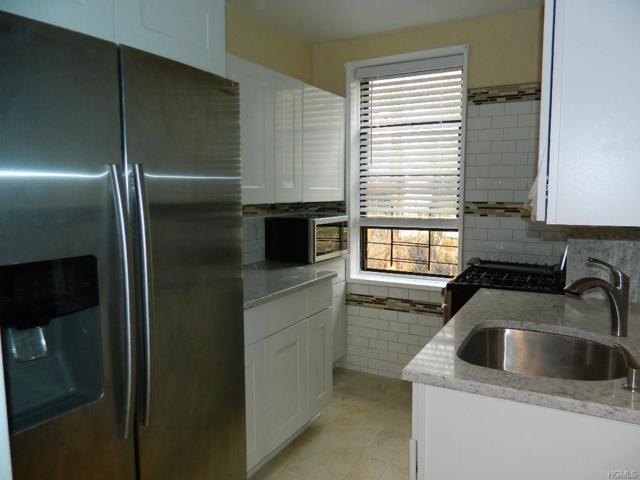 650 Warburton Avenue 7L, Yonkers, NY 10701 (MLS #4901712) :: Mark Boyland Real Estate Team
