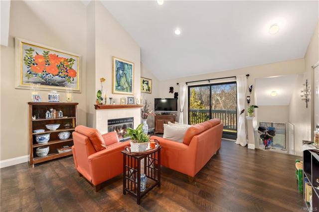 266 Maplewood Drive, South Salem, NY 10590 (MLS #4905508) :: Mark Boyland Real Estate Team