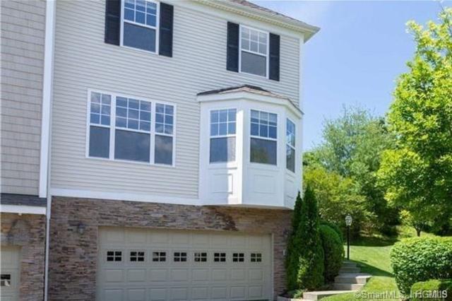 80 Woodcrest, Danbury, CT 06810 (MLS #4906382) :: Mark Boyland Real Estate Team