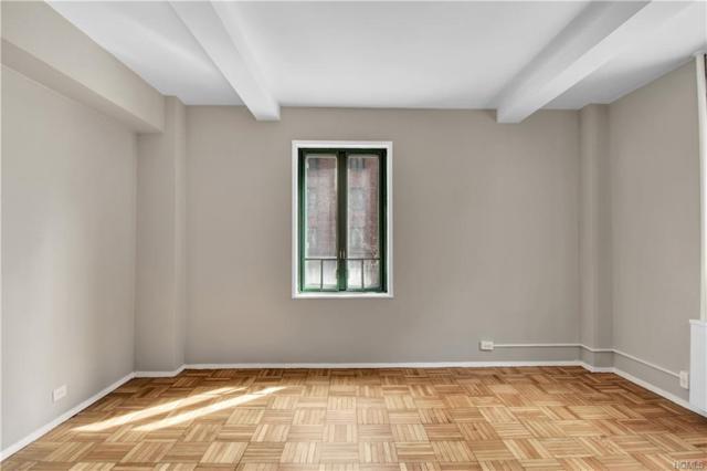 1551 Unionport Road Mc, Bronx, NY 10462 (MLS #4914165) :: Mark Seiden Real Estate Team