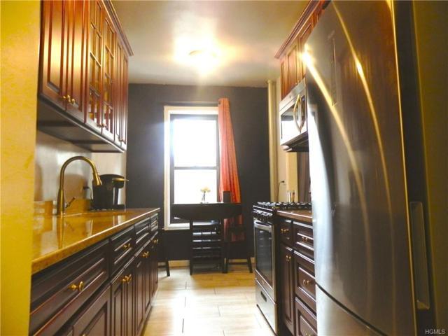 764 Brady Avenue #234, Bronx, NY 10462 (MLS #4914411) :: Mark Boyland Real Estate Team