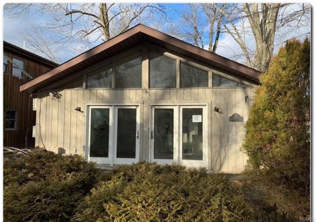 221 Maple Road, Mahopac, NY 10541 (MLS #4914772) :: Mark Boyland Real Estate Team