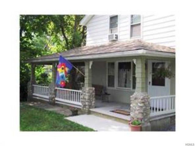 145 Main Street, Bloomingburg, NY 12721 (MLS #4920610) :: Mark Seiden Real Estate Team