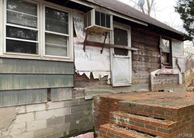52 Sunrise Hill Road, Fishkill, NY 12524 (MLS #4926361) :: Mark Boyland Real Estate Team