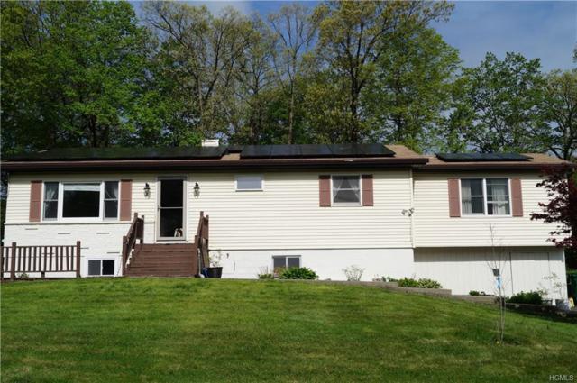27 Robert Lane, Wappingers Falls, NY 12590 (MLS #4930138) :: Mark Boyland Real Estate Team